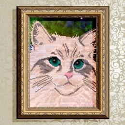 VKA4332. Белый кот