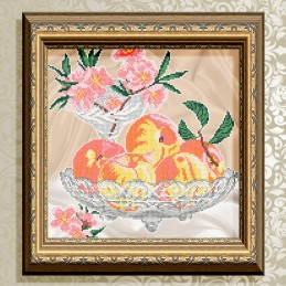 VKA4706. Peaches in crystal