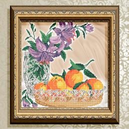 VKA4708. Tangerines in crystal