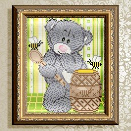 АТ5529. Bear with honey