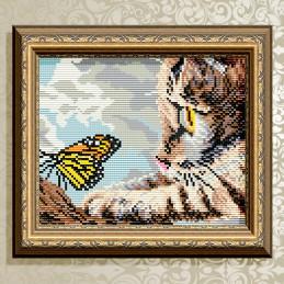 АТ5603. Котенок и бабочка