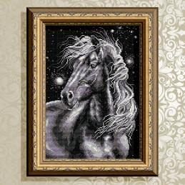 AT3017. Horse black