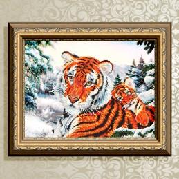 VKA3087. The tigress with cub