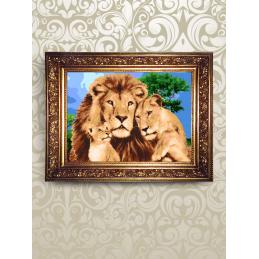 NMK002. «Львы в саванне»....
