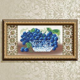 VKA3118. Crystal. Grapes on...