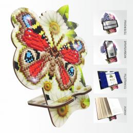 APM-01. Метелик в ромашках.